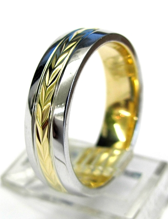 Mens Gold Wedding Band