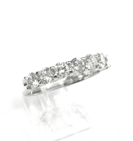 Las Diamond Wedding Band