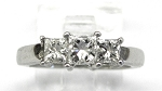 Ladies 3 Stone Ring 1/2ct